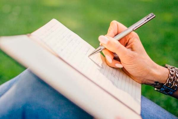 La lectura o escribir libros puede ser una afición interesante