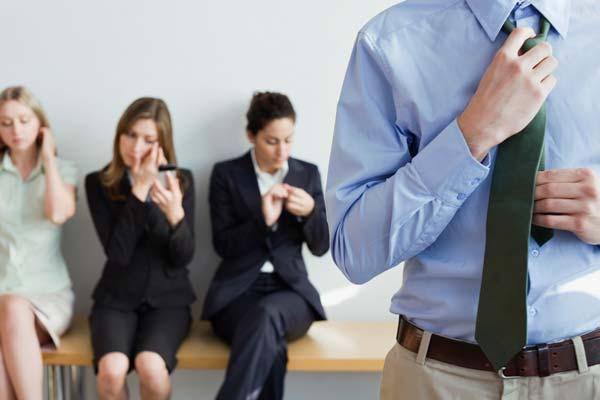 Cómo puedes destacar en una entrevista de trabajo en grupo